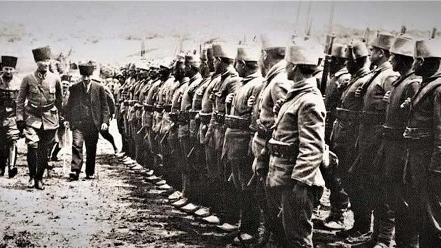 Atatürk Kurtuluş Savaşı Başlıyor